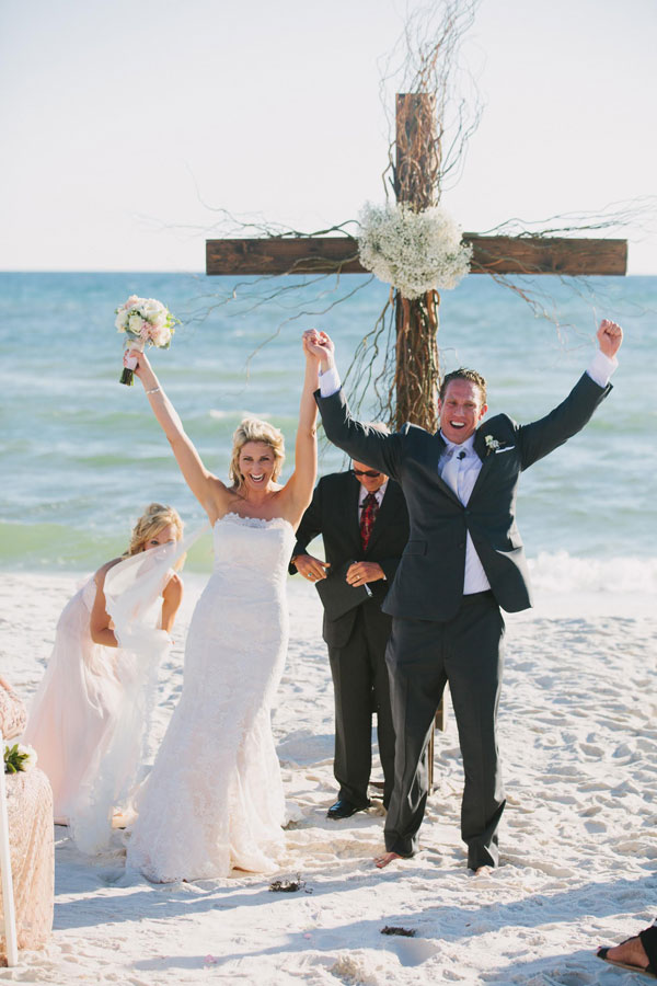Beach Wedding at Alys Beach - Pure 7 Studios