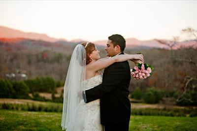 Real Georgia Wedding: Rosie and Diego's Mountain Wedding
